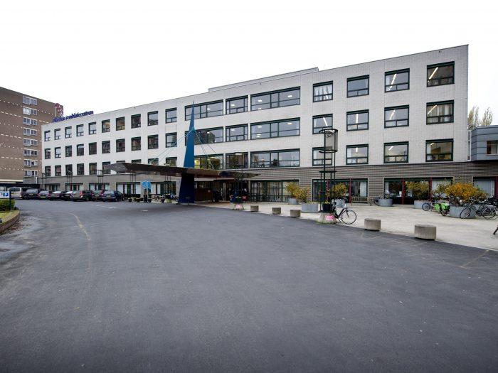 Rijndam Revalidatie: 40 badkamers