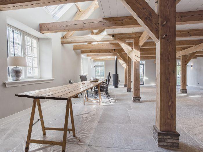 Modern woongenot in oude stal Leiden